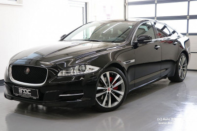 Jaguar XJ 3,0 Diesel Portfolio TSS Exterieur Sport-Pack/Panorama/Meridian/Dual-View/uvm bei Auto ROC GmbH in Spittal an der Drau